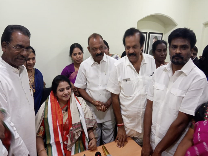 Only Congress protects women: Raghuveera