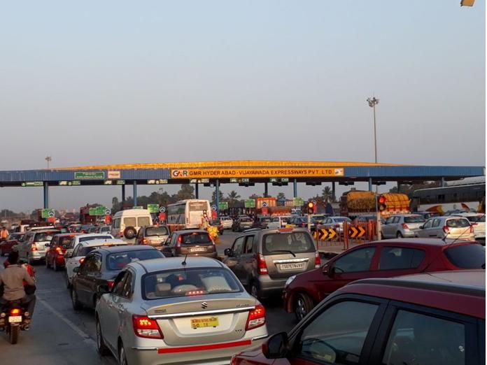 Traffic snarls at toll plazas ahead of Sankranti