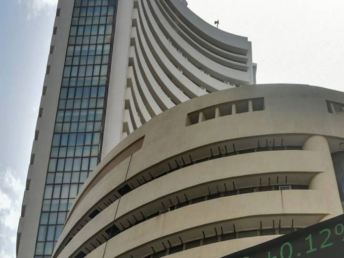 Indian equities end flat on Mays Brexit defeat