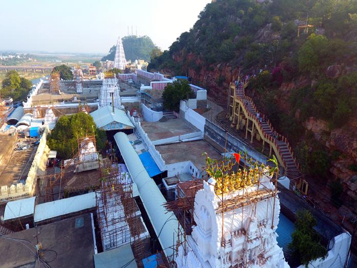 Delay in LA hits Srikalahasti master plan