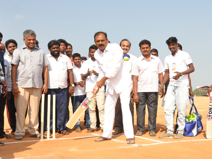 Chandragiri flashes cricket card to woo youth