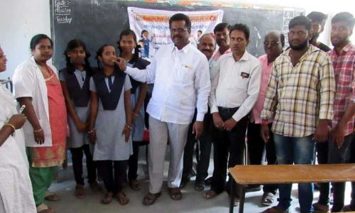 Medicines distributed to de-worm students