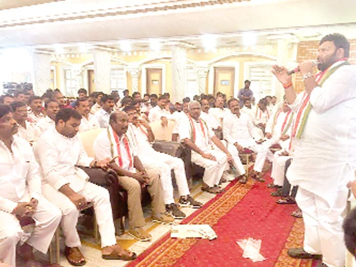 Srisailam calls for strengthening Cong