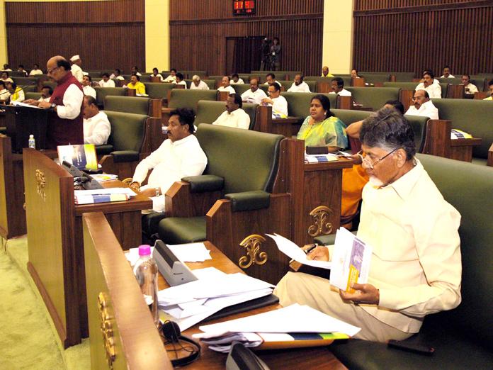 AP unveils poll-ready budget