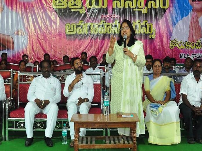 Collector Devasena asks sarpanches to strive for village uplift