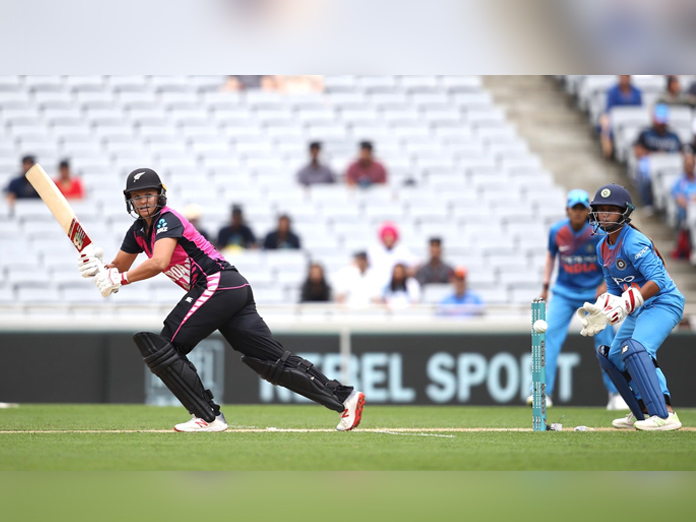 New Zealand beat India to clinch women
