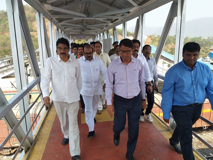 MP K Haribabu inaugurates 2 foot-over-bridges in Visakhapatnam