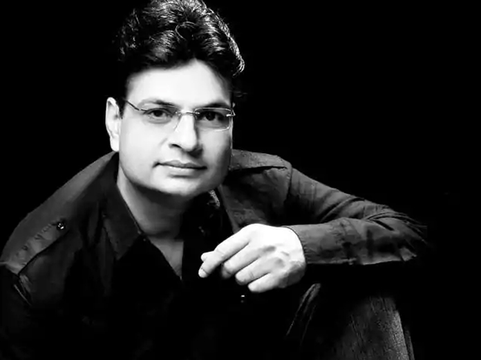 Songs are pillars of a film, hold the storyline: Irshad Kamil
