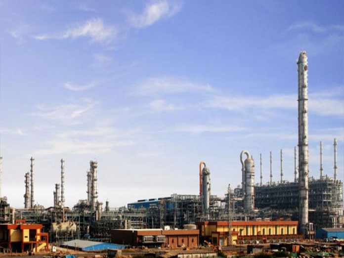 UAE keen to invest in refining, petrochem projects, store oil in India