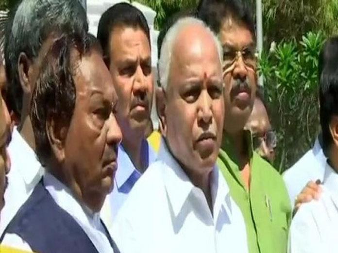 Karnataka BJP submits memorandum to Guv over stone-pelting on MLA's house