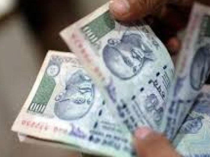 Foreign portfolio investors pull out over Rs 1,900 cr from debt market in Feb
