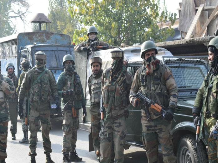 Senior police officer, militant killed in Kashmir