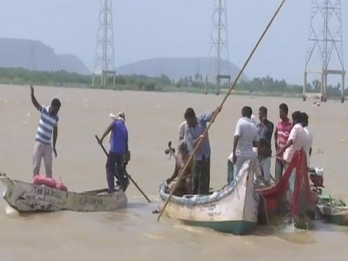 Drowned students' bodies retrieved