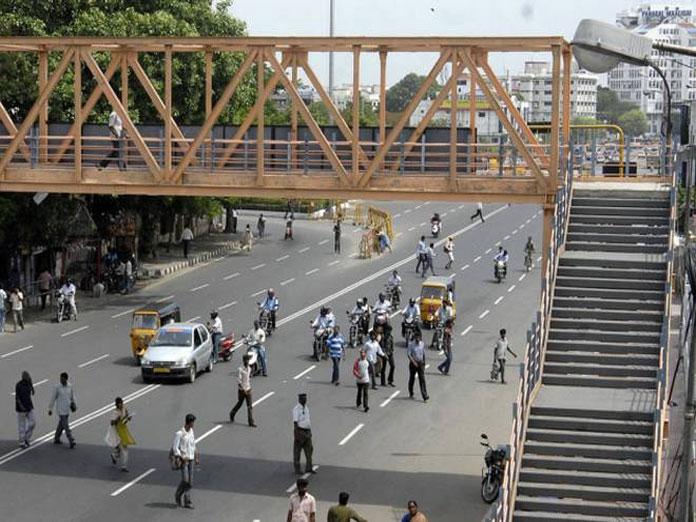 Foot over bridge inaugurated at Hoodi Railway Station, commuters appreciate efforts