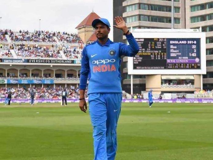 Kuldeep Yadav will be our No.1 overseas spinner: Ravi Shastri indicates shift in plan