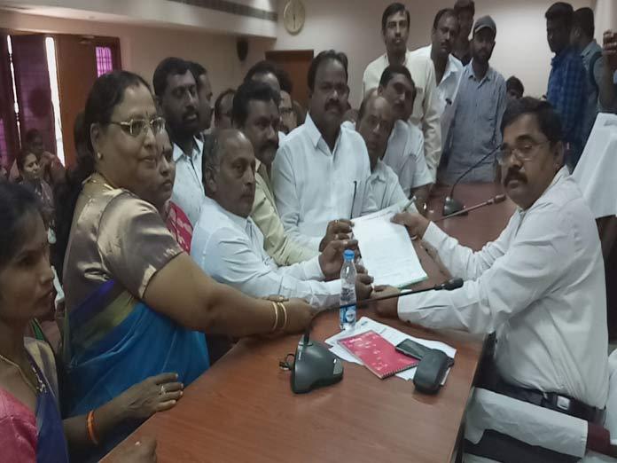 Munnuru Kapus urge govt for corporation