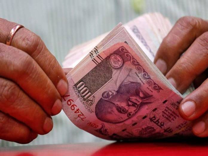Finance Ministry expects NPA recovery of Rs 1.80 lakh crore in FY19
