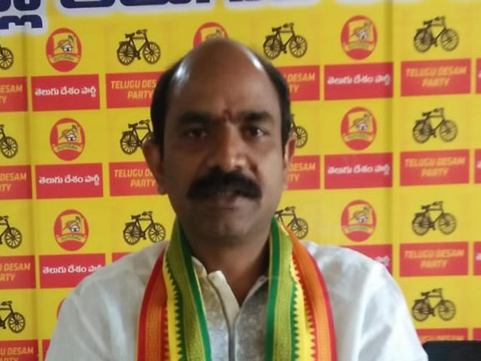 Kanna Lakshminarayana acting as paid worker to YSRCP: Kalisetti Appala Naidu