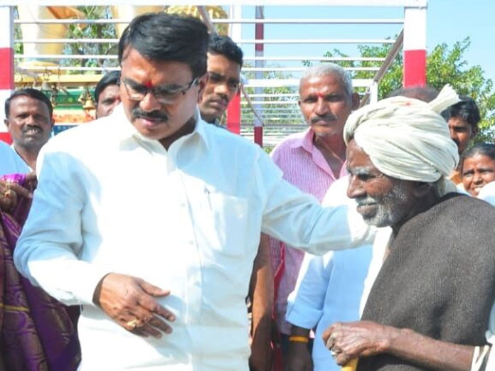 Singireddy advocates natural farming for keeping farmers out of debt trap