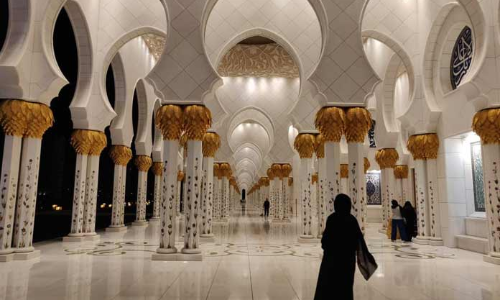 Grandeur of the Zayed Mosque