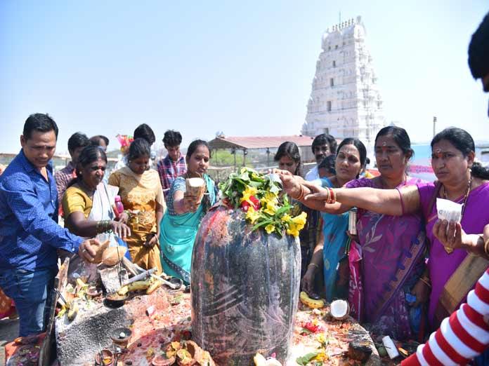 Keesara echoes with 'Om Namah Shivaya'