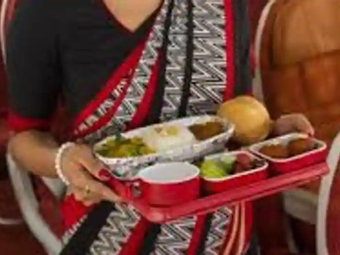 4 Air India employees has taken disciplinary action for stealing food