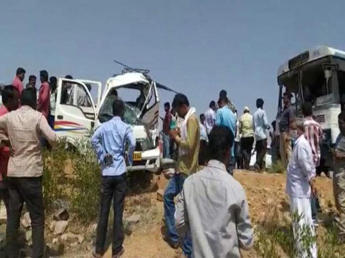 8 killed in van-RTC bus collision in Nalgonda