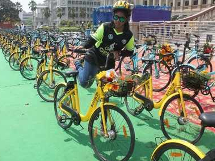 Kumaraswamy launches PBS system with 3,000 bicycles