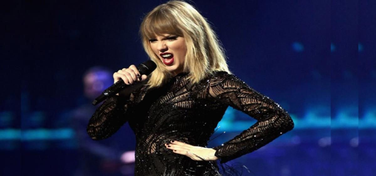 Taylor Swift working on new music
