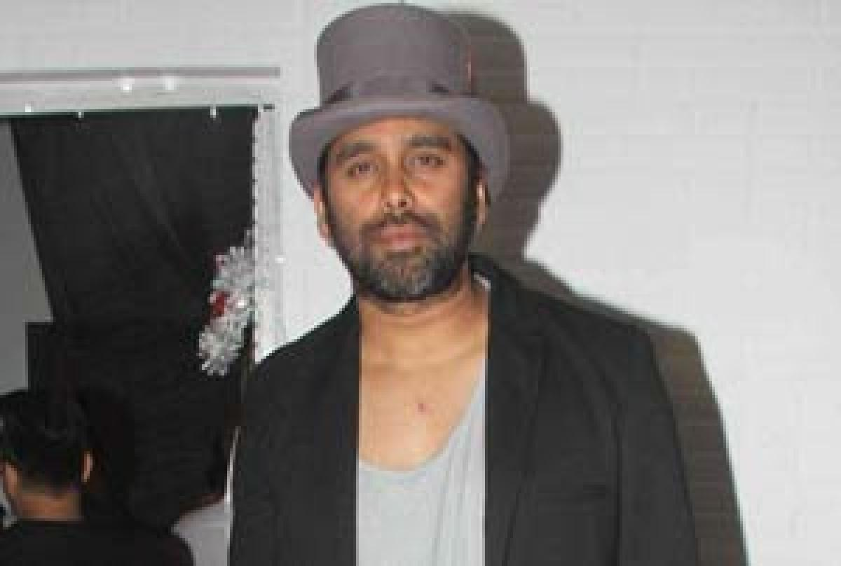 Bosco Martis to turn director