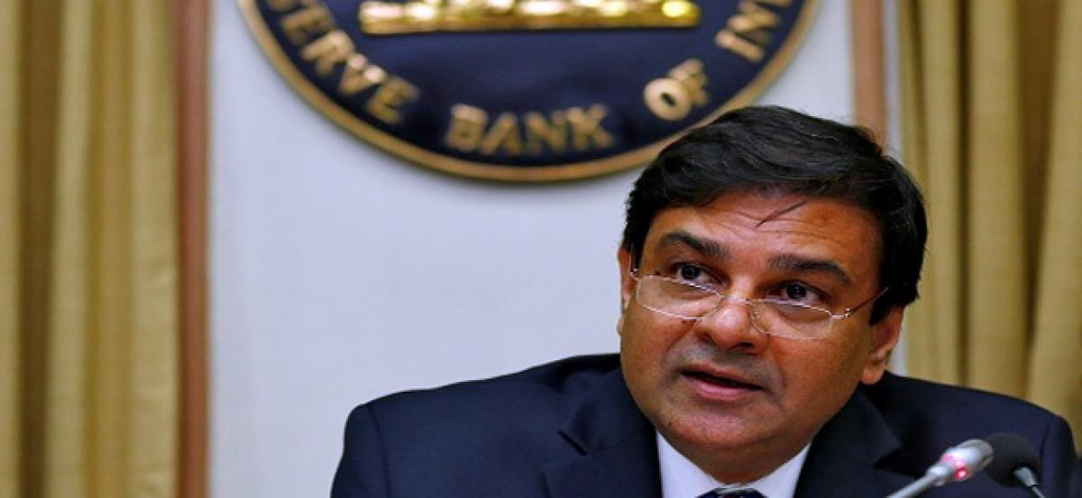 Contradicting RBI governor, SBI research wing says Rs 7 lakh cr notes printed
