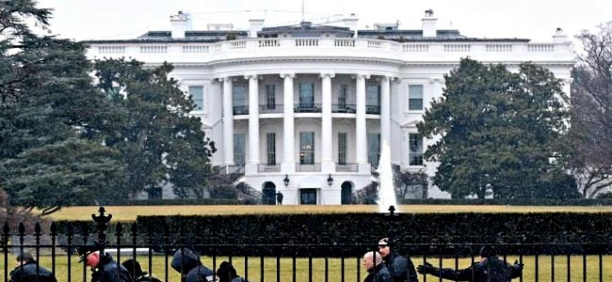 Secret Service investigating suspicious package on White House grounds