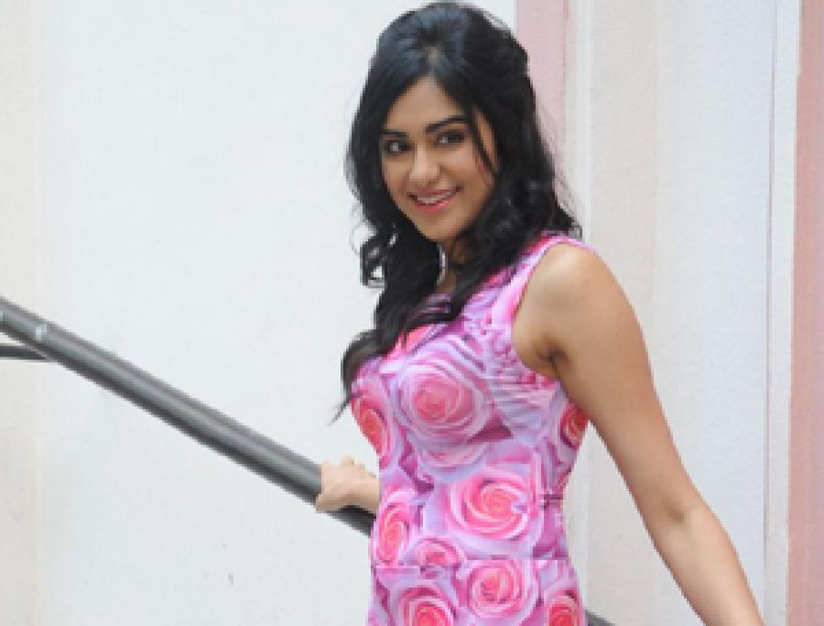 Manisha Koirala inspires Adah Sharma