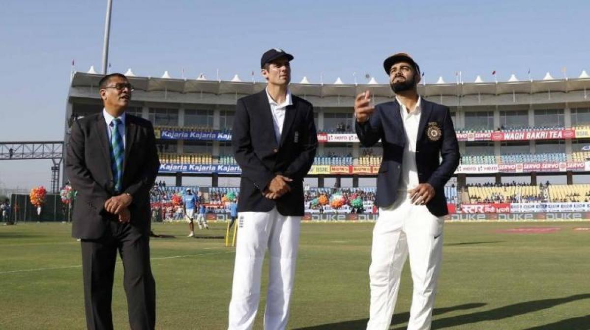 Ind Vs Eng: Kohli wins toss, elects to bat