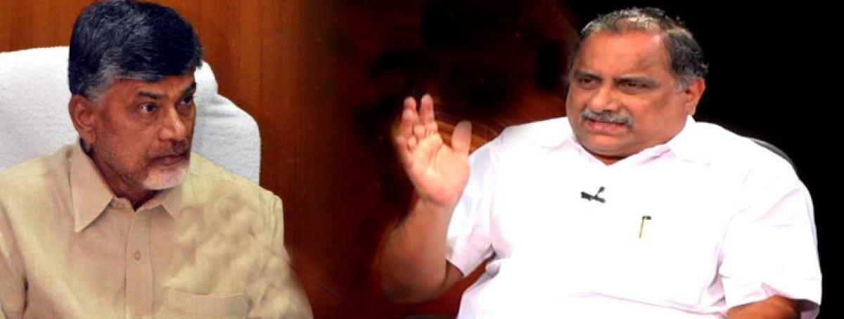 Kapu Reservation: Mudragada takes on Chandrababu