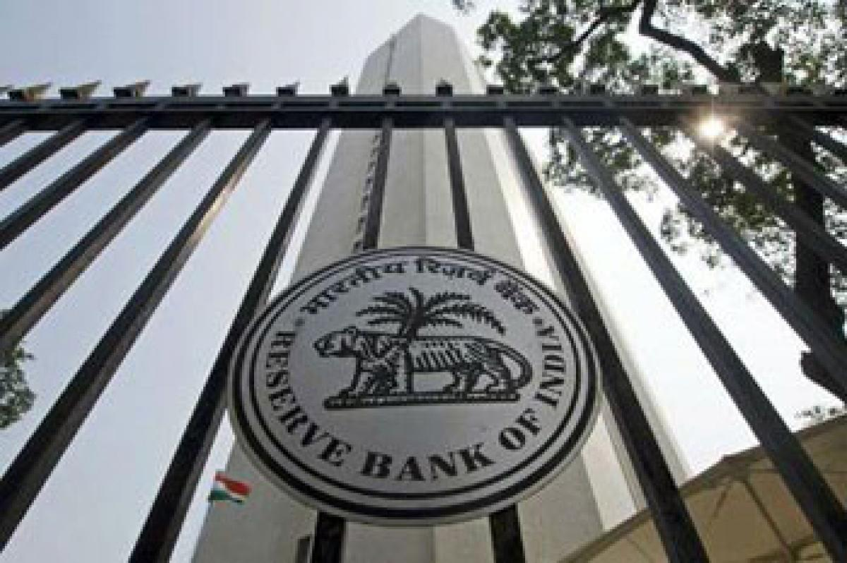 RBI okays cross currency futures, exchange options