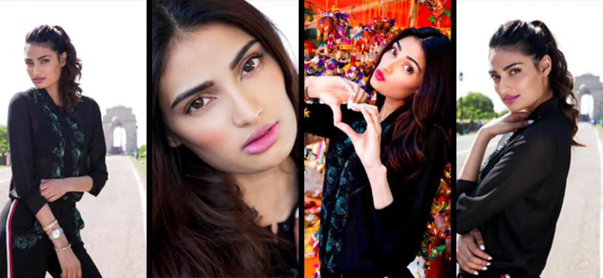 Athiya ​Shetty turns Tourist in New Delhi!