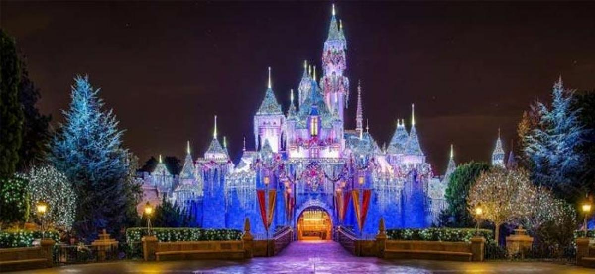 Disney ex-workers say replacement by Indians discriminates against Americans