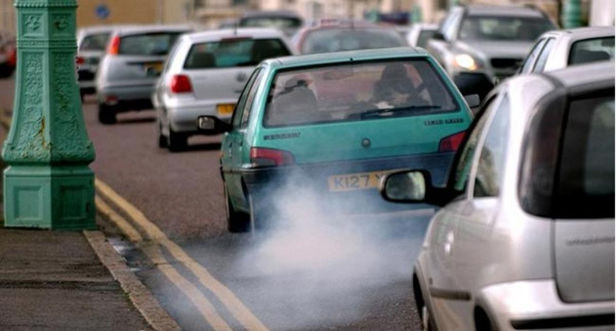 Exposure to toxic fumes in traffic jams ups cancer risk