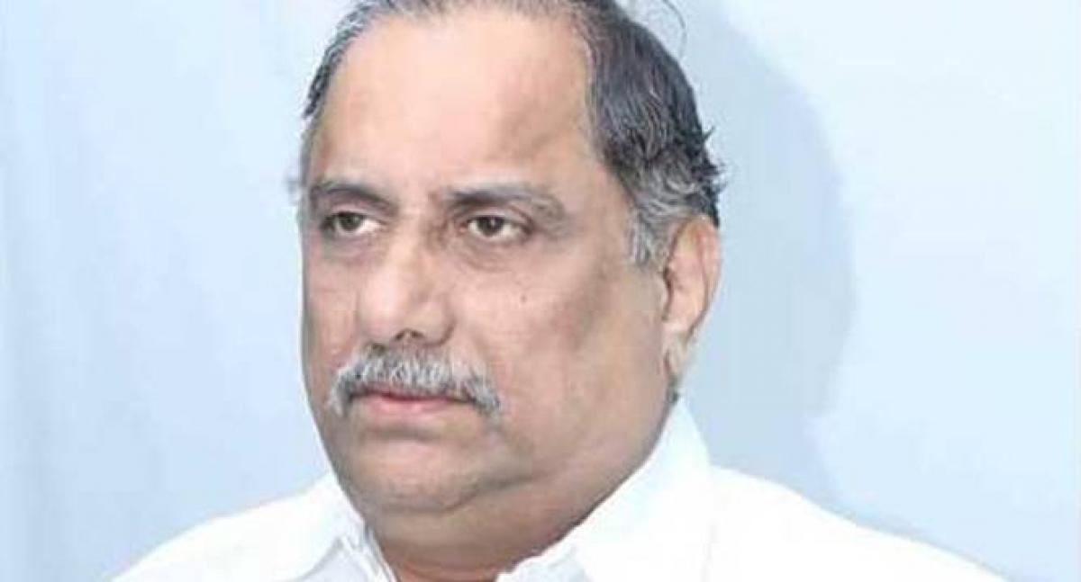 Kapu leader Mudragada continues Deeksha in hospital