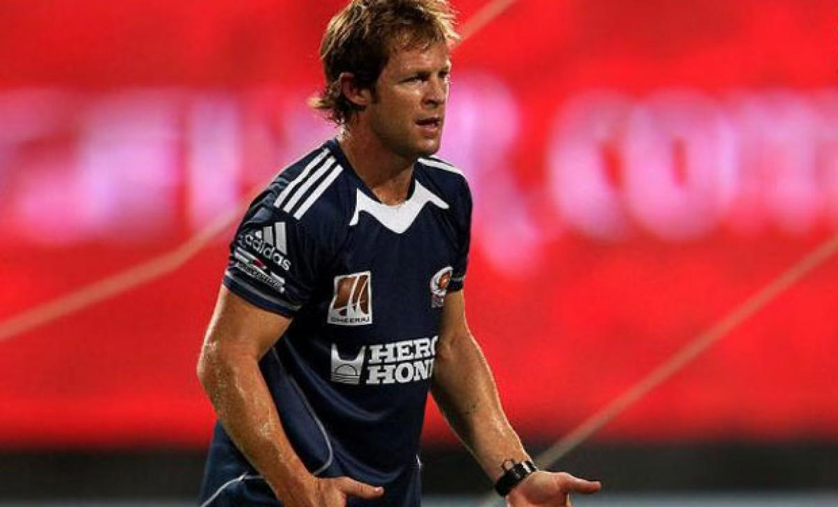 Jonty Rhodes blessed with son in Mumbai hospital