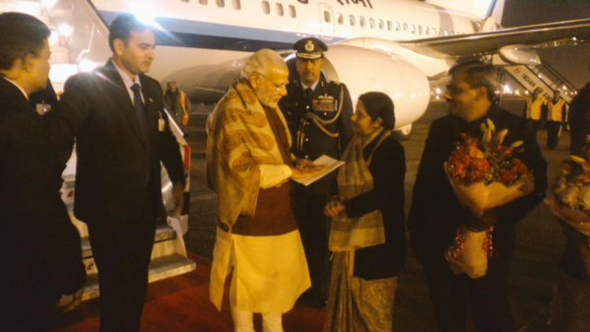 Breakfast in Kabul, tea in Lahore & dinner in Delhi! Modi returns after a unique day in Indian diplomacy