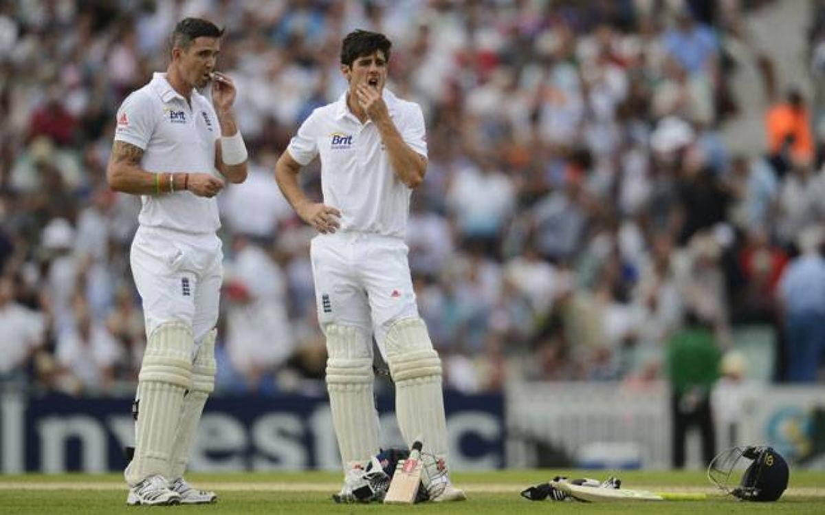Free of captaincy, Cook still hopes to lead from the front