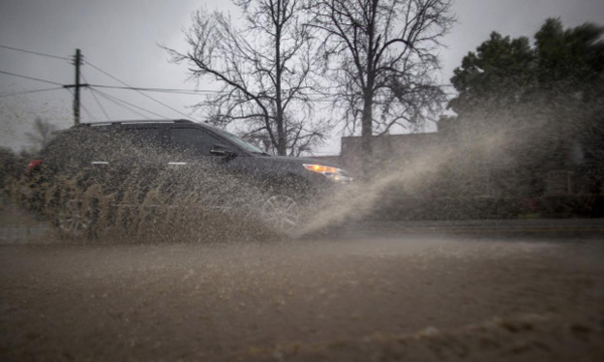 Pacific storm blew into Southern and Central California