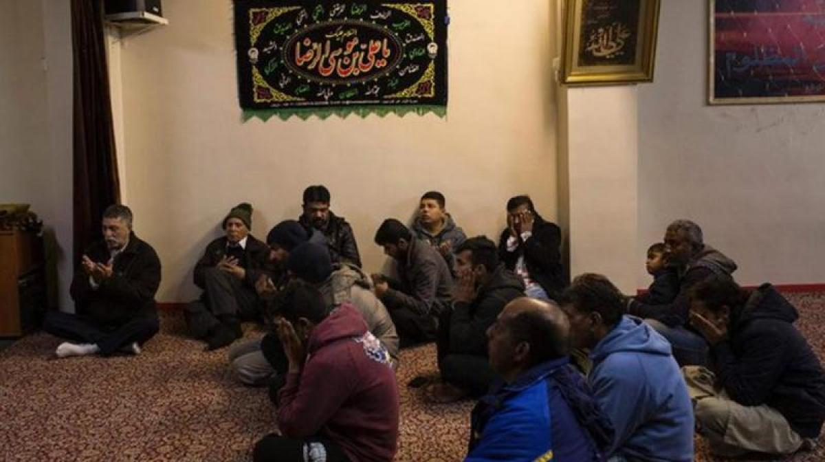 After 17 yr wait, Athens Muslims might finally get their mosque