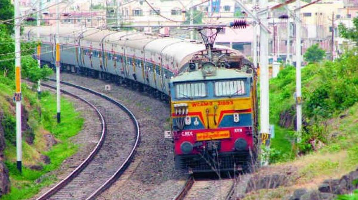 Indian trains to travel at 200 km per hour with Russias help