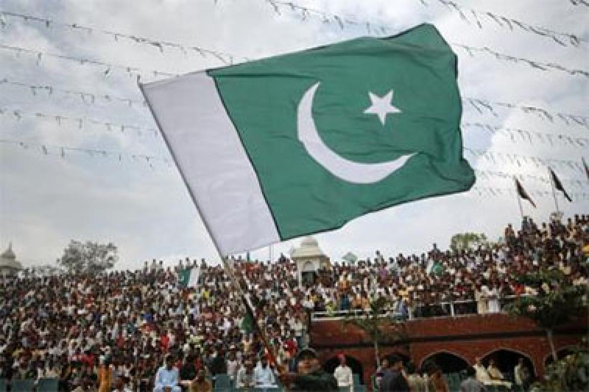 Pakistan urged to improve trade ties with India