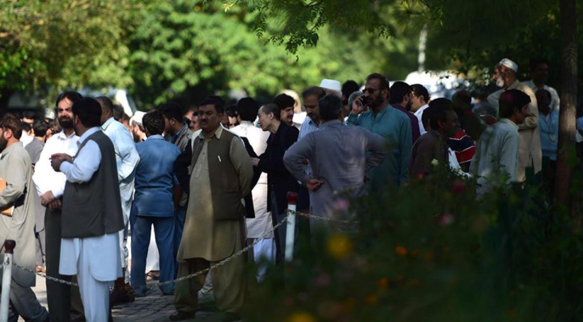 Earthquake jolts Islamabad, 37 hurt
