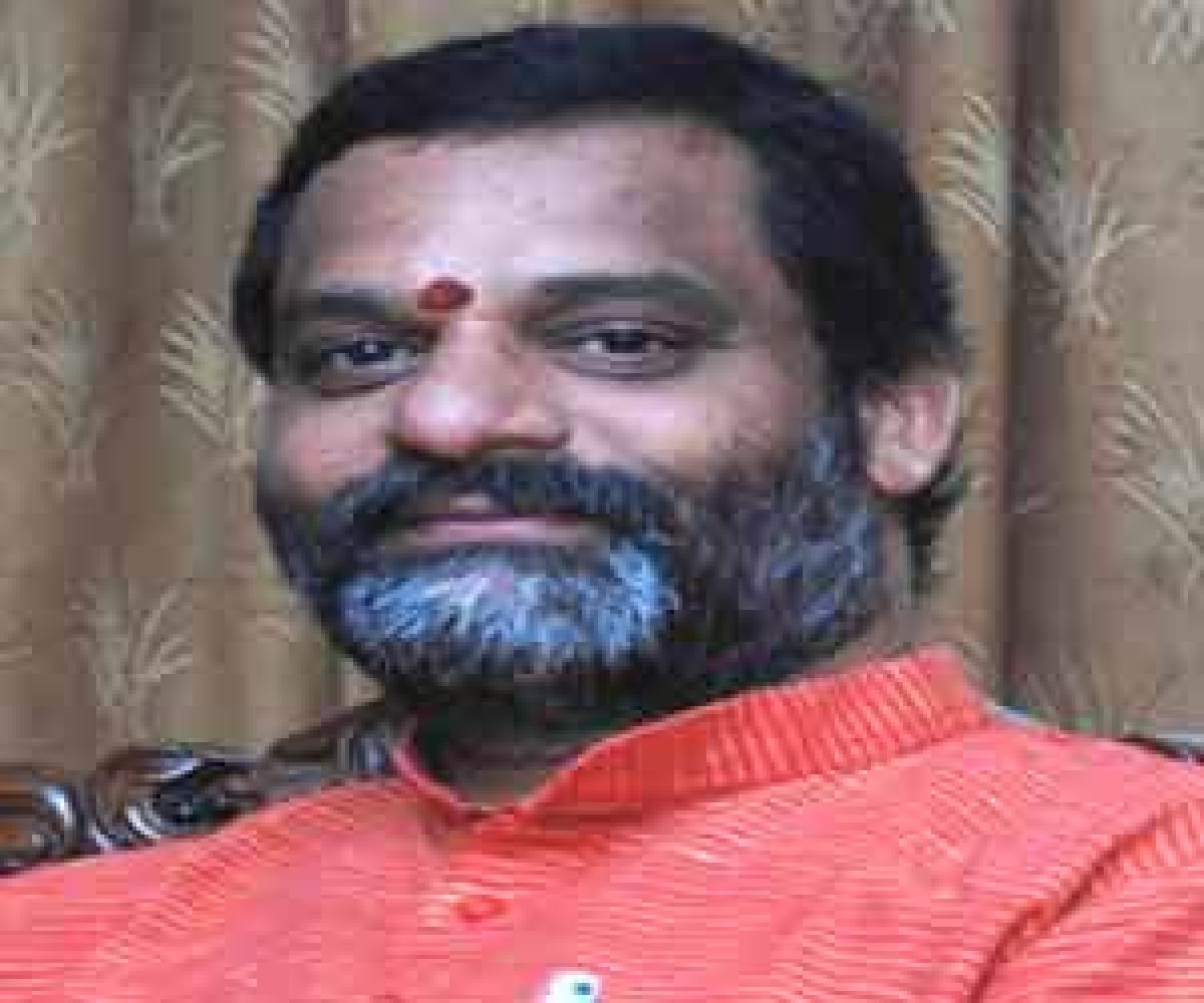 Vakulabharanam joins TRS