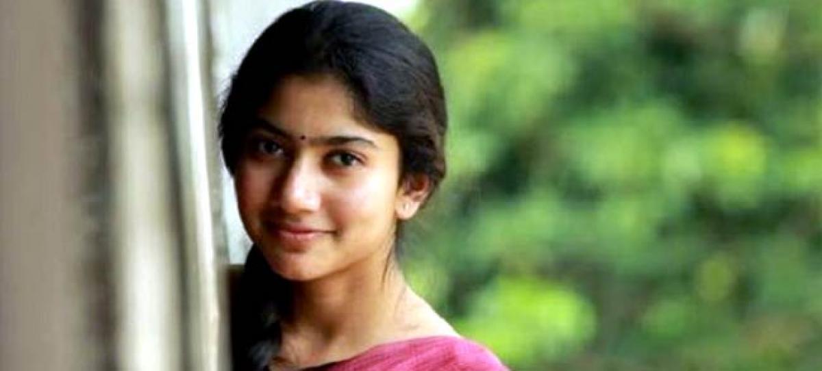 Khoobsurat actress bags Mani Ratnam film